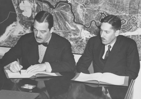 Noel Field, right, as a representative of the League of Nations in 1939 / New York World's Fair