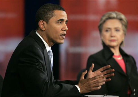 Barack Obama and Hillary Clinton in 2008 / AP