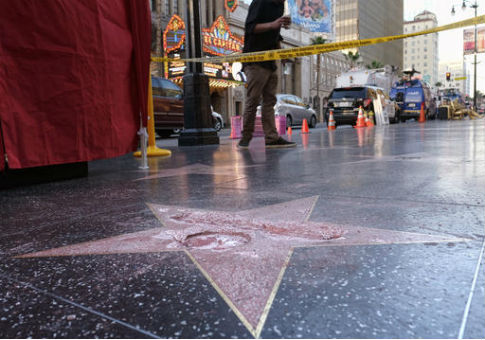 Donald Trump's star on the Hollywood Walk of Fame after it was vandalized / AP