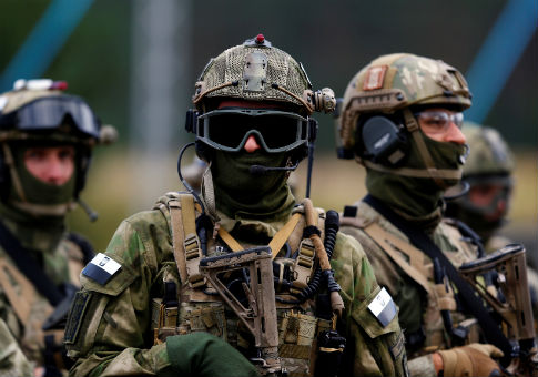 "Members of Poland's special commando unit Lubliniec during ""Noble Sword-14"" NATO exercise / REUTERS"