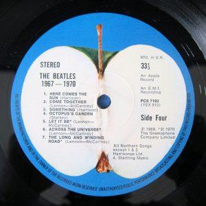 the-beatles-record-label-blue-album-apple