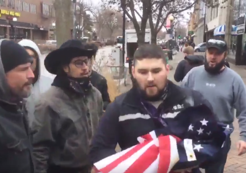 FedEx driver saves American flag from protesters / Twitter video screenshot