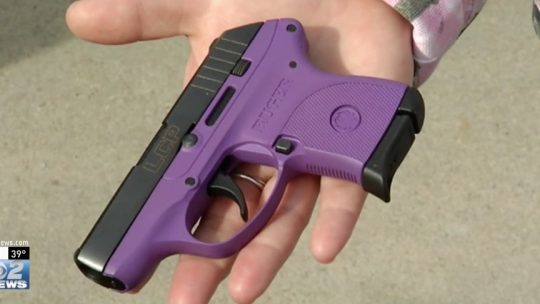 The woman's Ruger LCP / Screengrab
