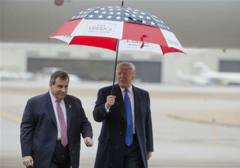 New Jersey Gov. Chris Christie, left, and Donald Trump / AP