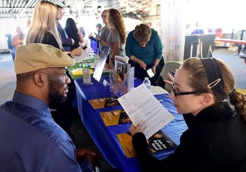 Veterans attend a job fair