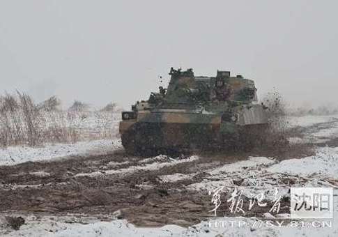 Type 07 122mm cannon in PLA exercises near N. Korea / Source: Chinese Internet
