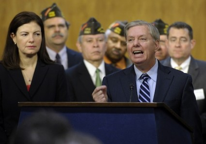 Lindsey Graham, Kelly Ayotte