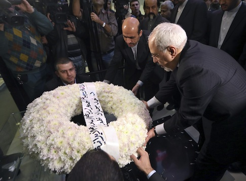 Iranian Foreign Minister Mohammad Javad Zarif lays a wreath on the grave of Imad Mughniyeh, a top Hezbollah commander