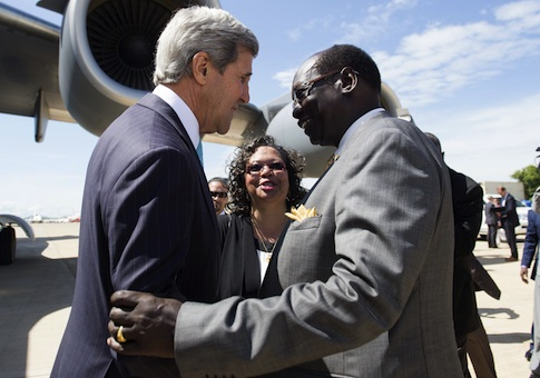 South Sudanese Foreign Minister Barnaba Marial Benjamin and Secretary of State John Kerry