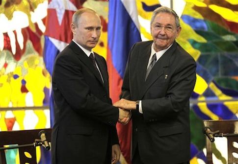 Vladimir Putin, Raul Castro