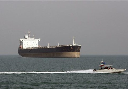 Intelligence agencies reported that a group of 22 Yemeni-Americans were training in Houston to be seamen on oil tankers, raising terrorism concerns over the unusual activity