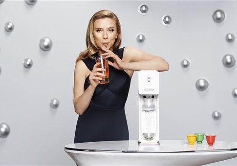 Scarlett Johansson unveiled as SodaStream Global Brand Ambassador - Jan 2014