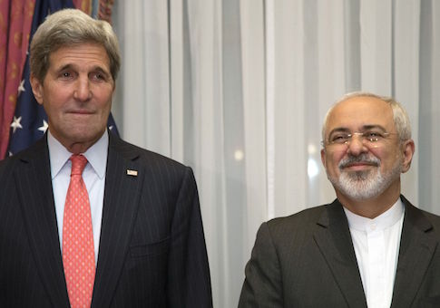U.S. Secretary of State Kerry and Iran's Foreign Minister Zarif pose for a photograph before resuming talks over Iran's nuclear programme in Lausanne
