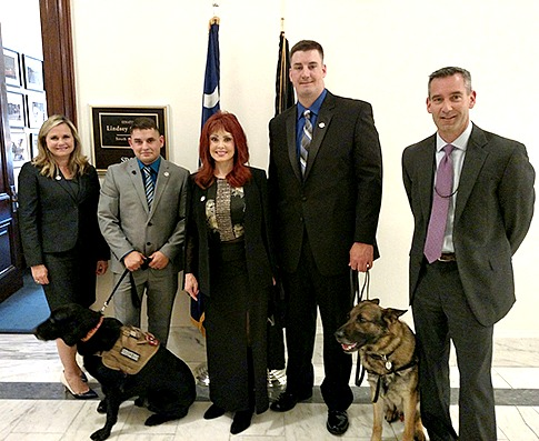 Veterans and activists lobby congress on behalf of military dogs / Stephen Gutowski