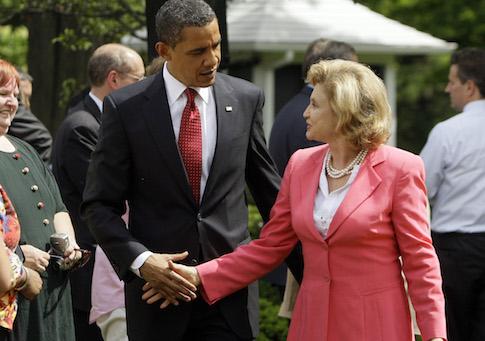 Barack Obama and Carolyn Maloney in 2009