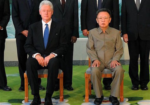 Bill Clinton, Kim Jong Il in 2009