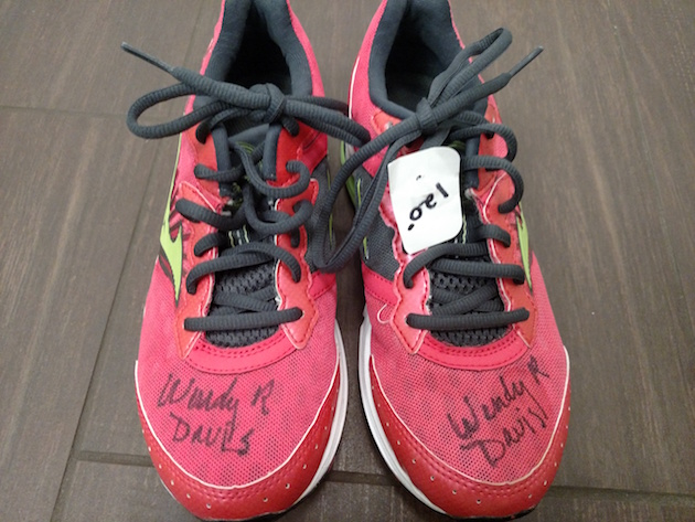 signed wendy davis shoes