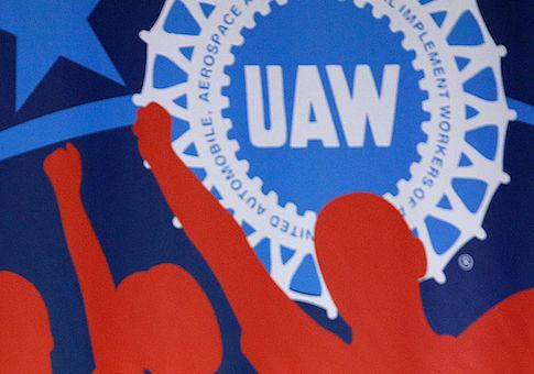 UAW President Says Bribery Scandal Hurt Unionization Bid at Nissan