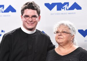 Robert Lee IV with Heather Heyer's Mother, Susan Bro at the 2017 VMA Awards / Getty Images