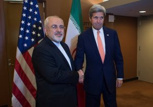 US Secretary of State John Kerry poses for a photo opportunity prior to a meeting with Iran's Foreign Minister Mohammad Javad Zarif April 19, 2016