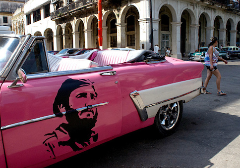 An American car decorated with the image of late Cuban leader Fidel Castro in HavanaAn American car decorated with the image of late Cuban leader Fidel Castro in Havana