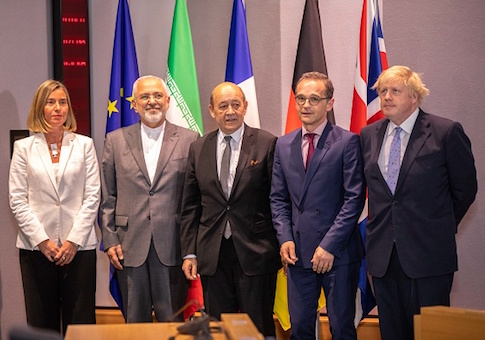 Iran's Foreign Minister Mohammad Javad Zarif meets with European powers