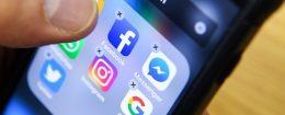 propaganda Facebook social media