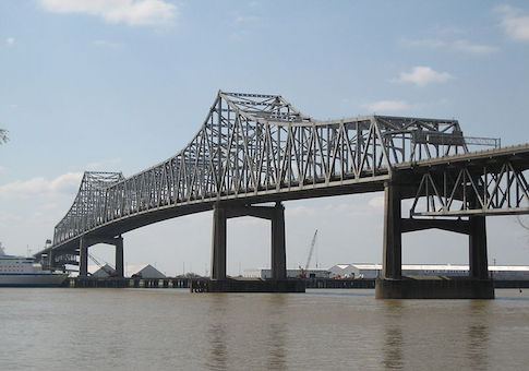 Horace Wilkinson Bridge over the Mississippi River in Baton Rouge, Louisiana