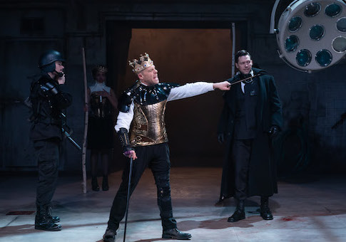Playing Politics With The Bard Review Richard Iii At