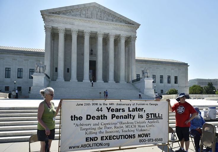 Trump Administration Takes Federal Death Penalty to Supreme Court
