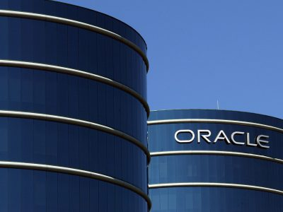 Oracle Makes Hostile Bid For Rival Peoplesoft
